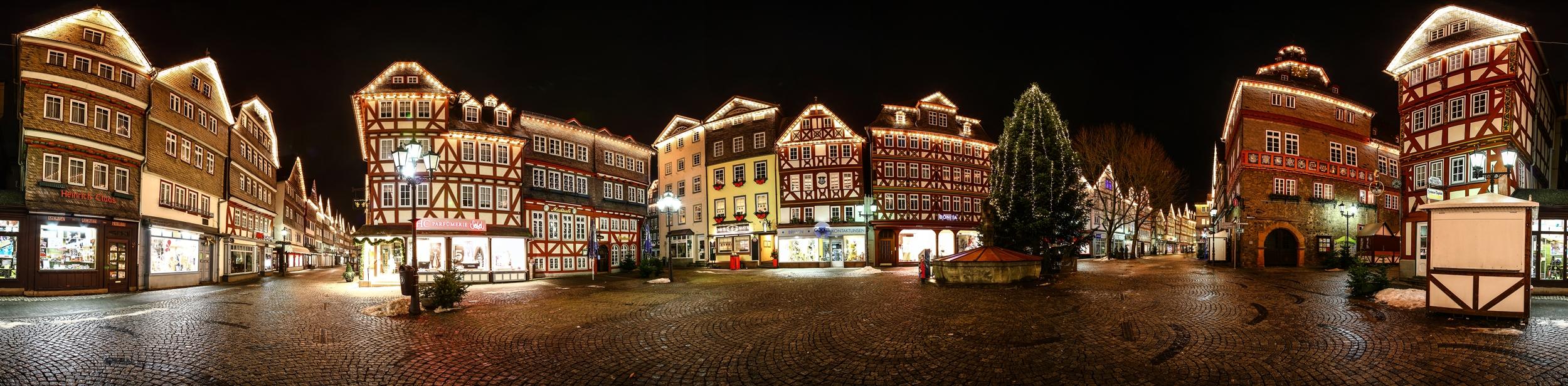 Giebelbeleuchtung_MarktplatzHerborn_Jürgen_Brieger
